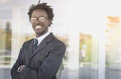 Homem de negócios americano do retrato fotografia de stock