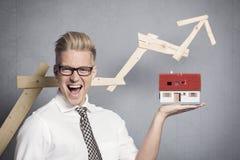 Homem de negócios bem sucedido em bens imobiliários. fotografia de stock royalty free