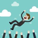 Homem de negócios bem sucedido que joga acima por sua equipe O sentimento e a emoção sobre o sucesso e a equipe trabalham imagens de stock
