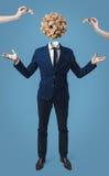 Homem de negócios com a caixa do cubo do jogo em vez da cabeça Fotografia de Stock