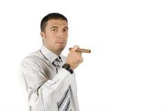 Homem de negócios com charuto   Imagens de Stock