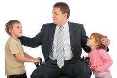 Homem de negócios com crianças imagem de stock