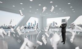 Homem de negócios com o monitor em vez da cabeça Imagem de Stock Royalty Free
