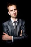 Homem de negócios com os braços cruzados Fotos de Stock Royalty Free