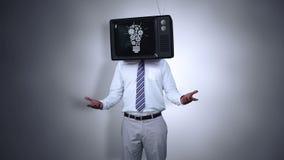 Homem de negócios com a tevê em sua cabeça ilustração royalty free