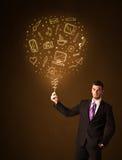 Homem de negócios com um balão social dos meios Fotos de Stock