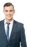Homem de negócios confiável de sorriso fotografia de stock royalty free