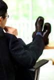 Homem de negócios de pensamento imagem de stock