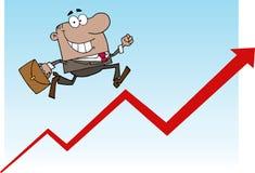 Homem de negócios do americano africano que funciona acima uma seta Imagem de Stock Royalty Free
