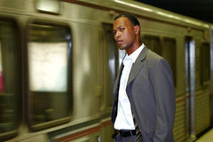 Homem de negócios do viajante de bilhete mensal Fotos de Stock