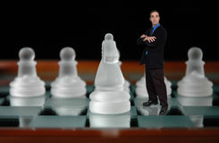 Homem de negócios e chess-6 imagens de stock