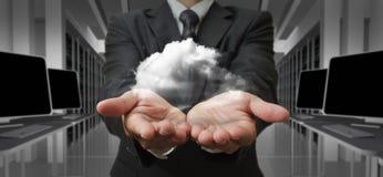Homem de negócios e o conceito de computação da nuvem Imagens de Stock Royalty Free