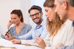 Homem de negócios em uma reunião Imagem de Stock