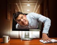 Homem de negócios irritado da tela imagens de stock royalty free