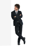 Homem de negócios Looking At Billboard Fotografia de Stock Royalty Free