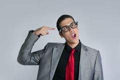 Homem de negócios louco com vidros e o terno engraçados Fotografia de Stock