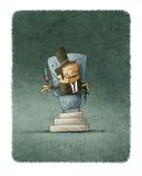 Homem de negócios no chapéu que senta-se no trono com vidro do vinho Foto de Stock