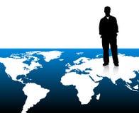 Homem de negócios no mapa de mundo ilustração stock
