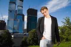 Homem de negócios novo foto de stock