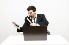 Homem de negócios novo forçado para fora Fotos de Stock