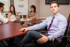 Homem de negócios poderoso em um escritório Imagem de Stock Royalty Free