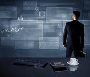 Homem de negócios que apresenta a estratégia na reunião Fotos de Stock Royalty Free