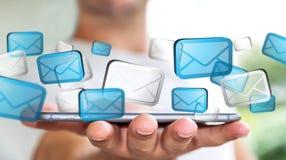 Homem de negócios que envia email com rendering' do telefone '3D Imagens de Stock