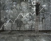 Homem de negócios que escala na escada e no dood de tiragem do conceito do negócio Imagens de Stock