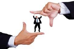 Homem de negócios que faz um frame da mão Foto de Stock Royalty Free