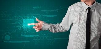 Homem de negócios que pressiona o tipo alta tecnologia de botões modernos Imagem de Stock