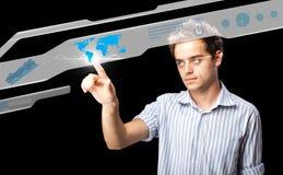 Homem de negócios que pressiona o tipo alta tecnologia de botões modernos Imagem de Stock Royalty Free