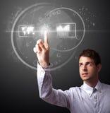 Homem de negócios que pressiona o tipo alta tecnologia de botões modernos Imagens de Stock