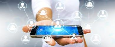 Homem de negócios que usa a conexão de rede social no renderin do telefone 3D Foto de Stock Royalty Free