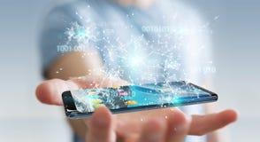 Homem de negócios que usa o código binário digital no renderi do telefone celular 3D Fotos de Stock