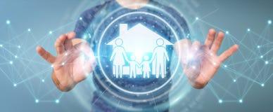 Homem de negócios que usa a rendição da aplicação 3D do seguro do cuidado da família Foto de Stock Royalty Free
