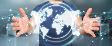 Homem de negócios que usa a rendição digital da relação 3D do mapa do mundo Fotos de Stock Royalty Free
