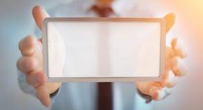 Homem de negócios que usa a rendição digital da tabuleta 3D das telas Fotografia de Stock