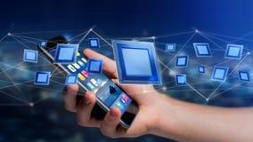Homem de negócios que usa um smartphone com uma microplaqueta e uma rede de processador Foto de Stock Royalty Free