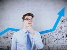 Homem de negócios que visualiza seu futuro da empresa Fotografia de Stock