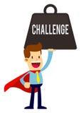 Homem de negócios With Red Cape que sorri ao levantar o peso do desafio Fotos de Stock Royalty Free