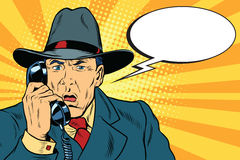 Homem de negócios retro surpreendido que fala no telefone ilustração royalty free