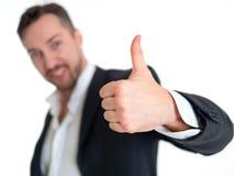 Homem de negócios de sorriso com polegar acima, isolado no fundo branco Foto de Stock Royalty Free