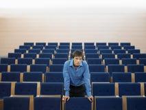 Homem de negócios Standing In Auditorium Fotografia de Stock