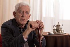 Homem de negócios velho triste Imagem de Stock Royalty Free