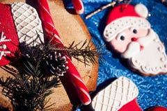 Homem de pão-de-espécie de Santa Claus Imagens de Stock Royalty Free