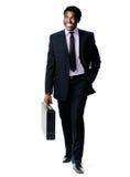Homem de passeio da pasta Imagens de Stock Royalty Free