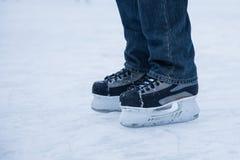Homem de patinagem Foto de Stock