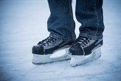 Homem de patinagem Imagem de Stock
