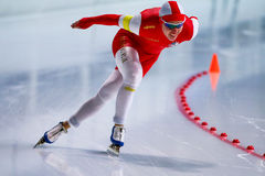 homem de patinagem de uma velocidade de 500 m Fotos de Stock Royalty Free