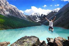Homem de salto fotos de stock royalty free